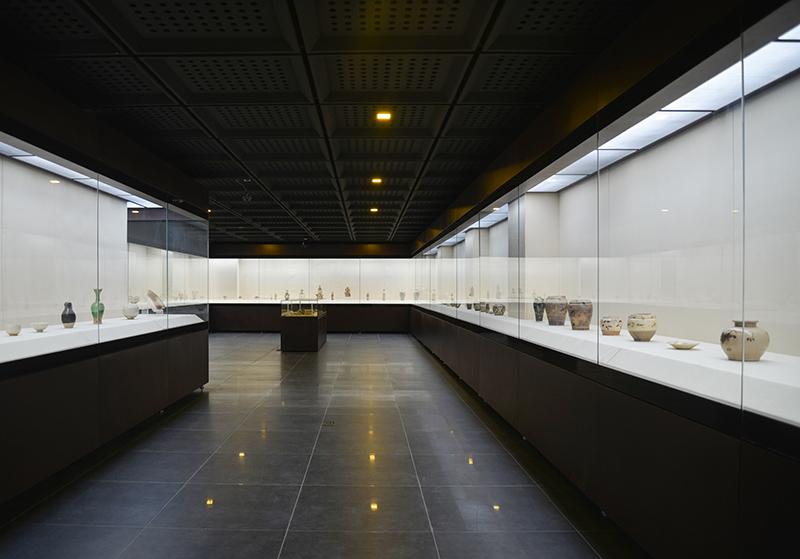 二层为宋金元时期精品收藏展.jpg